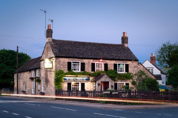 The Wheatsheaf:Night